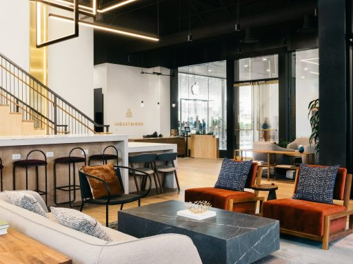 Members of Industrious Fashion Square share why flexible office space was right for them.||||