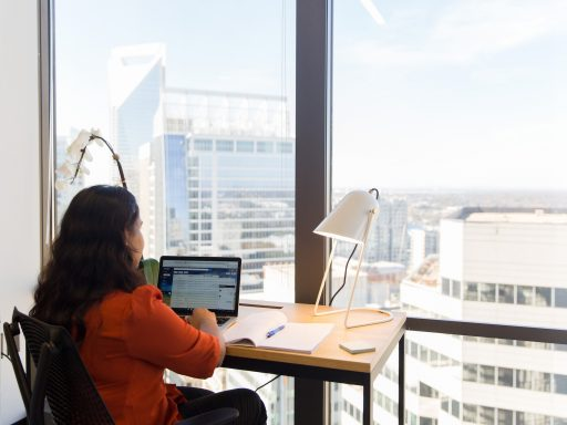 These tips can help you organize your digital office.